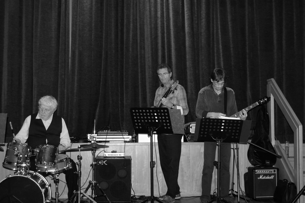 Riverside Jazz Band - On The Funny Side Of The Riverside